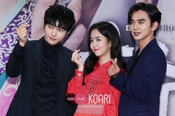 エル、キム・ソヒョン、ユ・スンホ