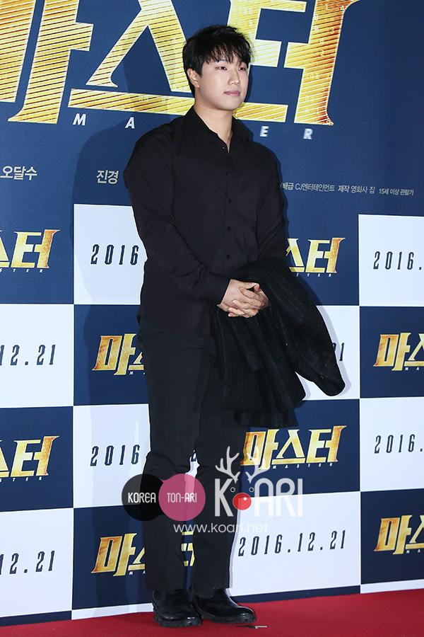 キム・ジノ,SG WANNABE,